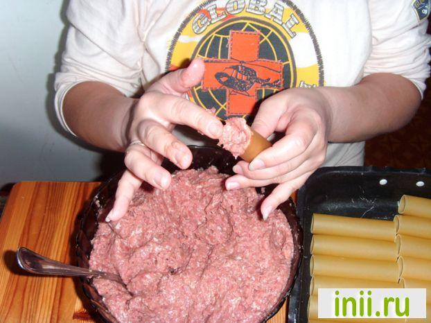 Каннеллони с мясом и грибами