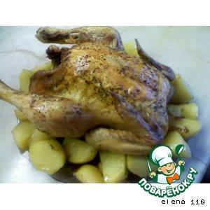 Курица с травами и сухофруктами