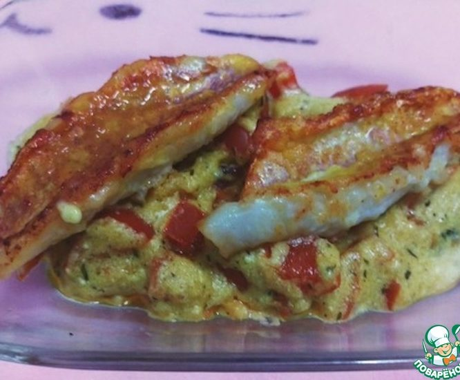Жареная рыба под соусом