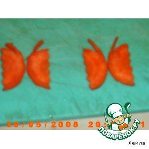 """Украшение из морковки """"Бабочки"""""""