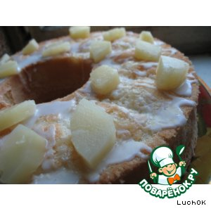 Кекс с ананасами