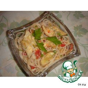 Салат из китайской лапши и соевых ростков
