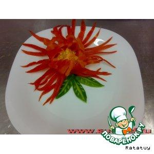 Цветок из перца на гарнир