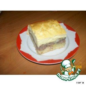 Мясной пирог из сдобного бездрожжевого теста