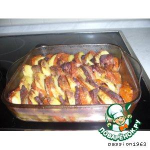 Картофель с помидорами и луком