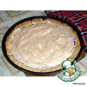 Сладкий пирог с клюквой
