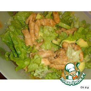 Теплый салат из медовой курочки