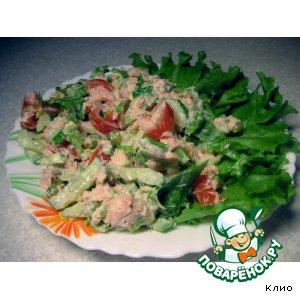 Салат весенний с рыбой