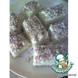 Пирожные бисквитные с орехами